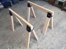 DIYの作業台。ソーホースを専用金具で簡単に作った